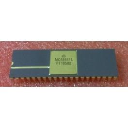 MC68681L Dual asynchronous receiver/transmitter